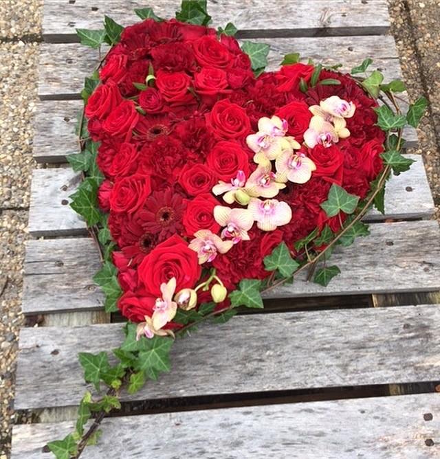 vedersø blomster begravesle